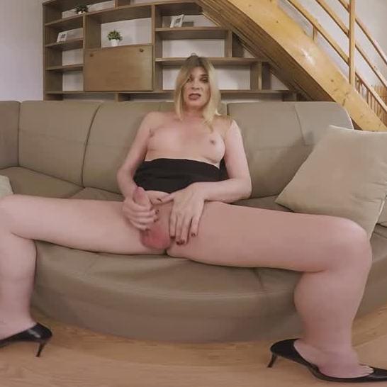 porno-foto-sekretarsha-trans-bolshie-titki-tolstushki-smotret