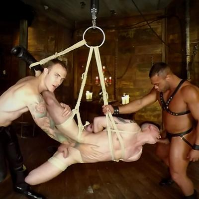 VR Rope Suspension Threesome