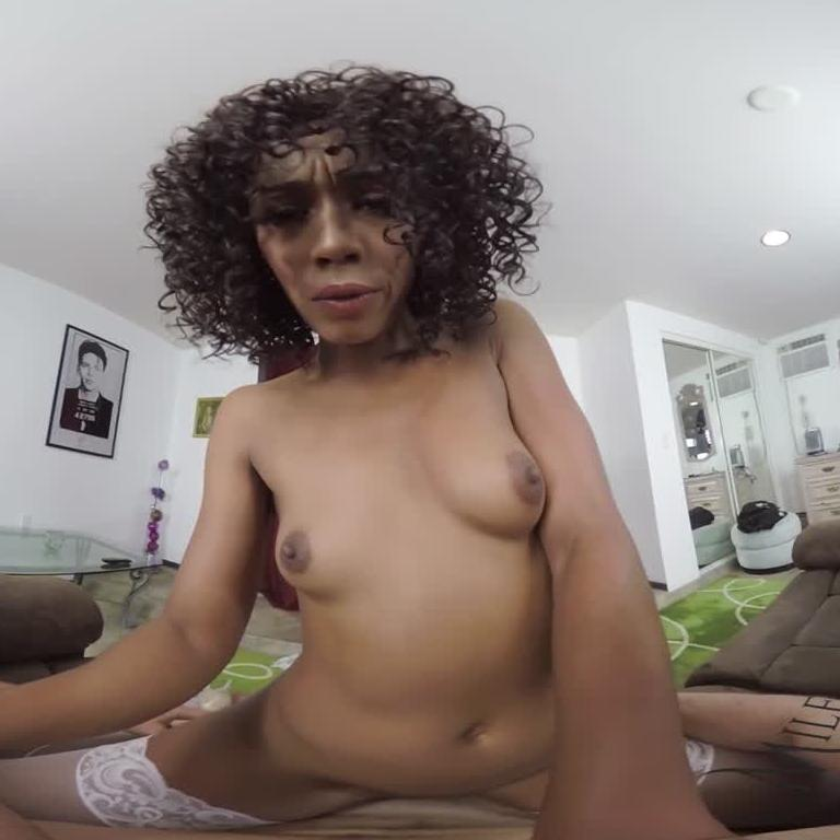 VR MILF Has an Oral Fixation