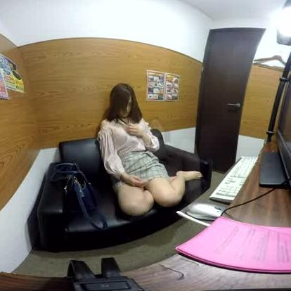 Japanese Cutie Masturbates at an Internet Cafe
