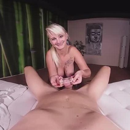 Amateur brunette fucking in differant places 9