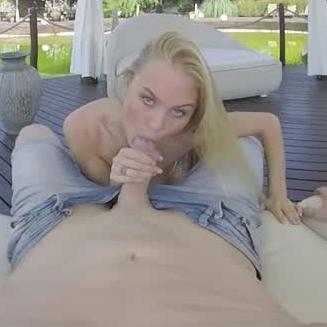 Outdoor Sex in the Garden With Nancy