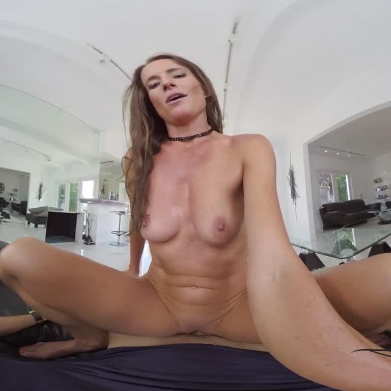 Big Dick To Satisfy Hungry MILF
