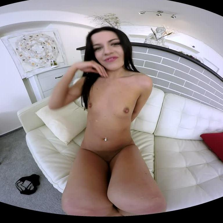 Unbelievable Brunette Playing Her Pussy