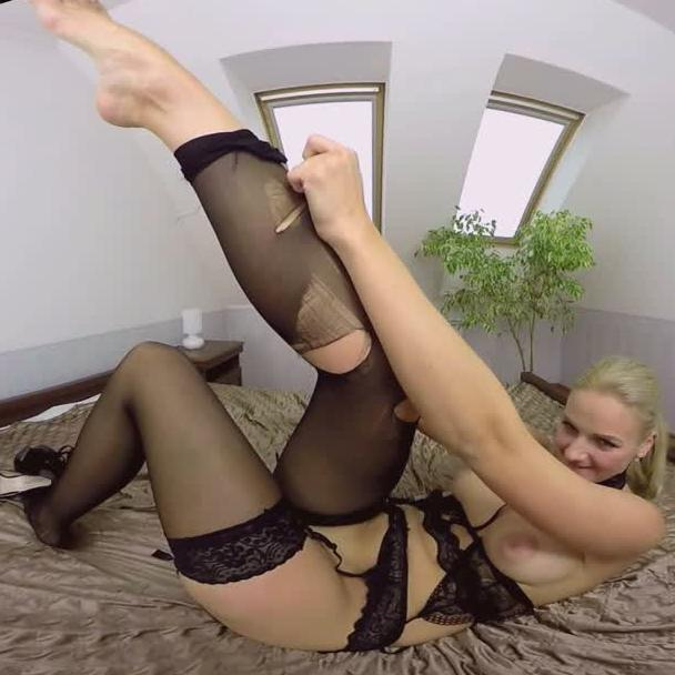 Katy Sky in VR Foot Fetish
